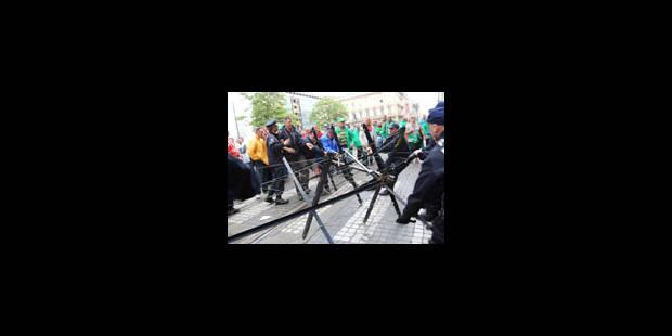 Bruxelles: La police bloque la circulation - La Libre