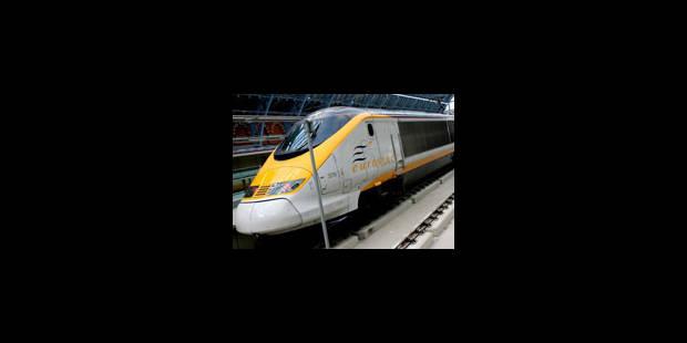 Nouveaux documents secrets oubliés dans un train - La Libre