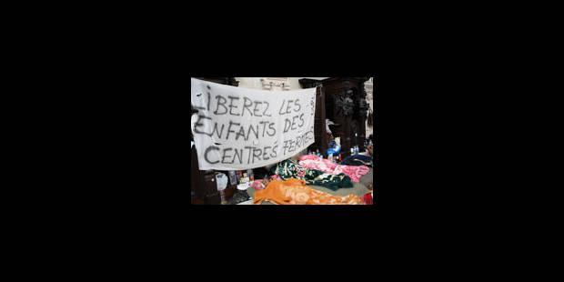 Manifestation symbolique de sans-papiers à Bruxelles - La Libre