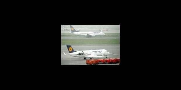 Lufthansa: 500 vols annulés mercredi