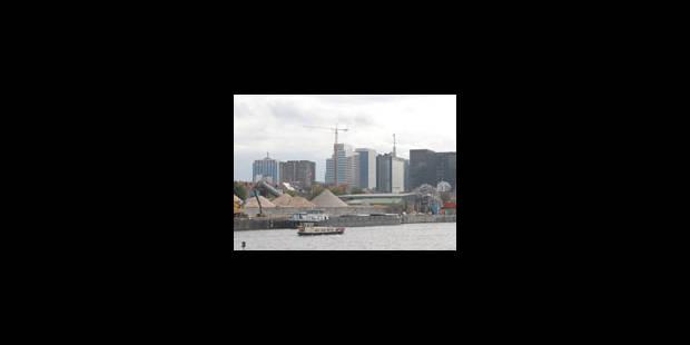 Le port relié au rail en 2009 - La Libre