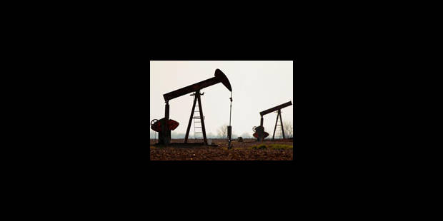 Le pétrole sous les 55 dollars à Londres et 59 dollars à New York - La Libre