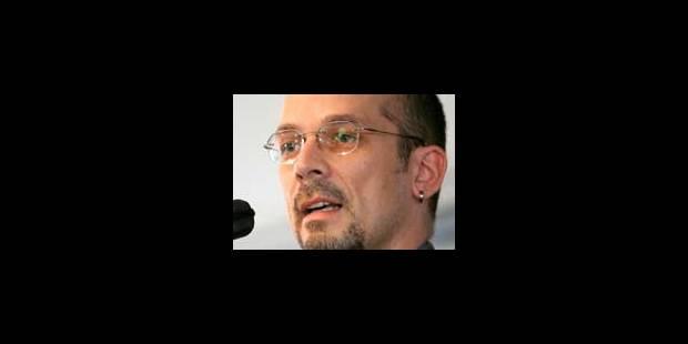 Un ex-agent de la Stasi fait fermer Wikipédia - La Libre