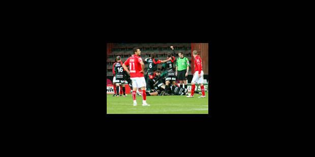 Le Standard trébuche face à Zulte. Anderlecht en profite... - La Libre