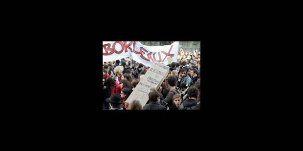 Les universitaires défilent à nouveau - La Libre