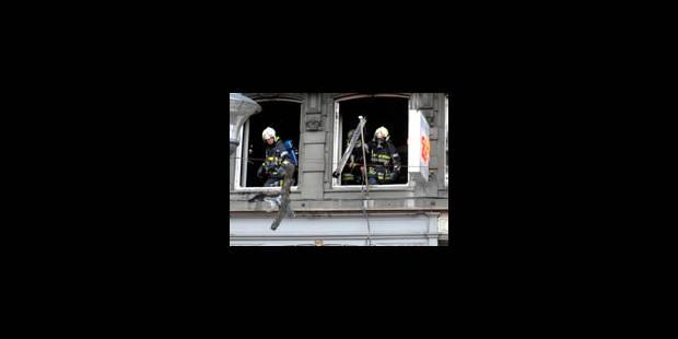 Incendie dans un appartement: 4 personnes intoxiquées - La Libre