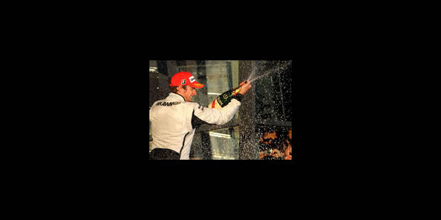 Jenson Button l'emporte, Trulli est déclassé - La Libre