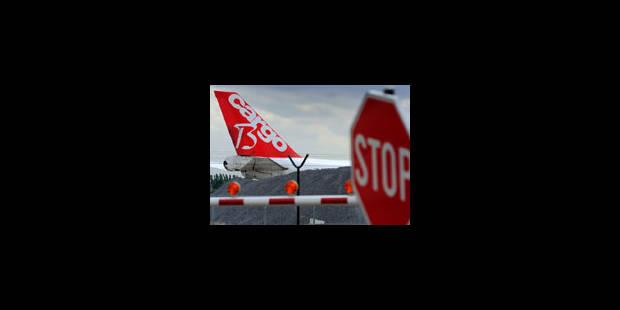 Les actions des contrôleurs aériens suspendues - La Libre