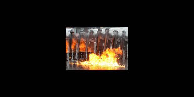 Marches orangistes: heurts entre jeunes et policiers