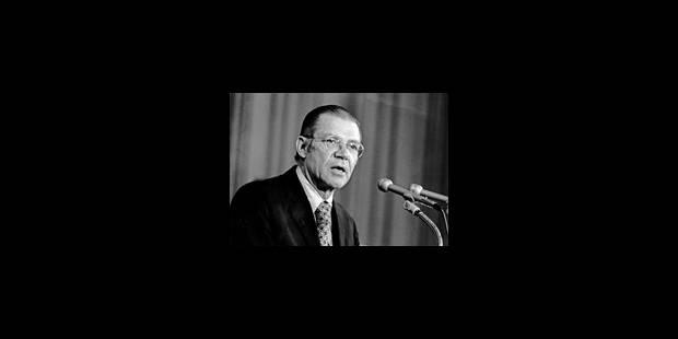 Les regrets tardifs de McNamara - La Libre