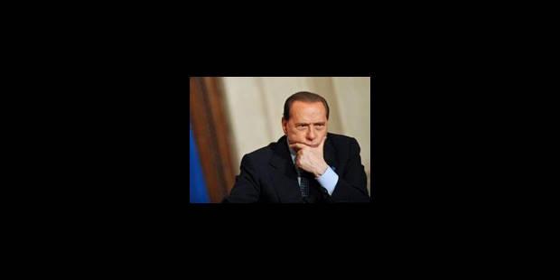 Le procès contre Berlusconi renvoyé au 18 janvier - La Libre