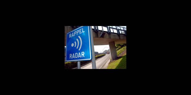 Filer entre les radars grâce à son gsm - La Libre