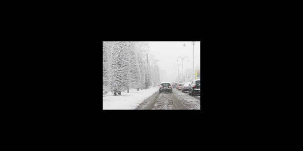 Neige: toujours des embouteillages autour de Bruxelles - La Libre