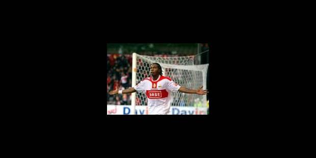Mbokani délivre le Standard dans les dernières minutes