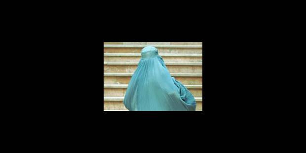 La Belgique, premier pays opposé à la burqa