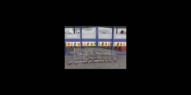 Carrefour: dix magasins en grève ce vendredi - La Libre