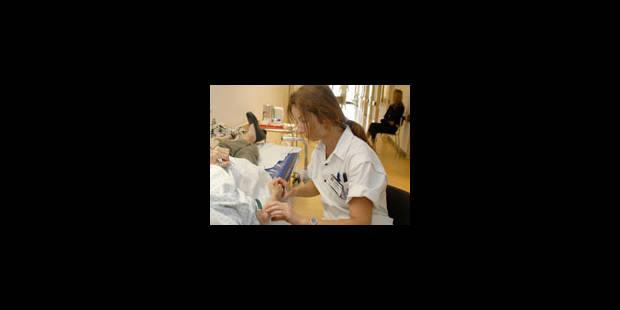 Des infirmiers effectuent des euthanasies à la place des médecins - La Libre