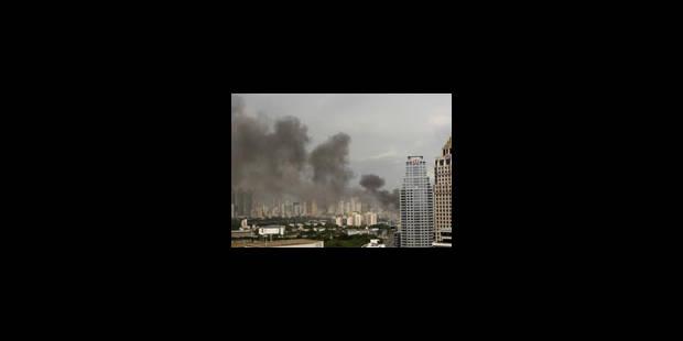 Bangkok: la Bourse et des centres commerciaux en feu - La Libre