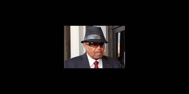 Le père de Michael Jackson dépose une plainte contre le médecin de la star - La Libre