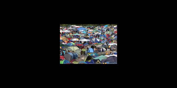 Déjà 15.000 campeurs au Dour Festival - La Libre