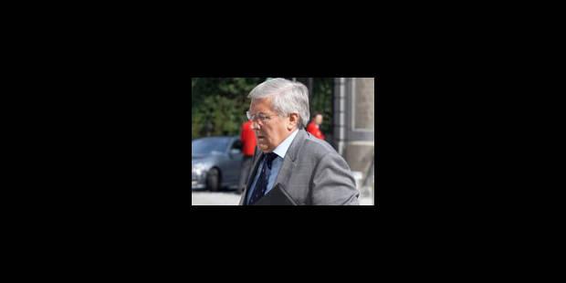 Etienne Schouppe inculpé de délit d'initié