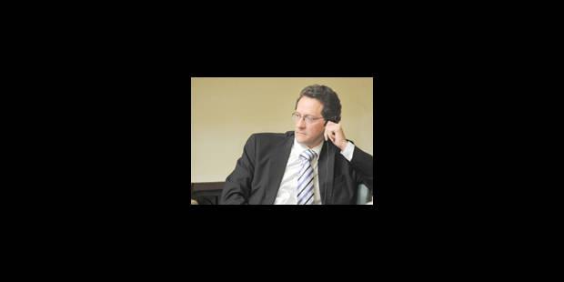 Décès de l'ancien sénateur et parlementaire germanophone Berni Collas - La Libre