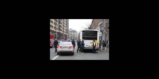 Des tirs sur un bus De Lijn à Anderlecht - La Libre