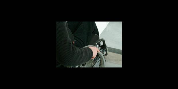 Namur: bâtiments interdits aux handicapés - La Libre