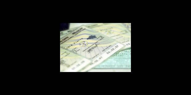 Des banques proposent des fausses identités à leurs clients