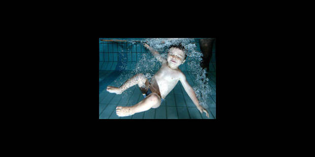 Pas de piscine pour les bébés fragiles ?
