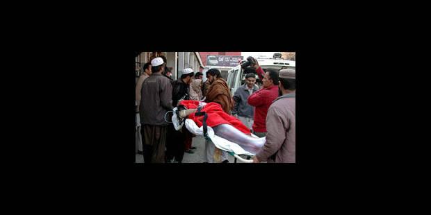 Pakistan: une bombe explosant devant une école fait au moins un mort - La Libre