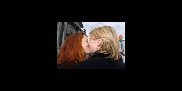 Insémination artificielle couple lesbienne-9899