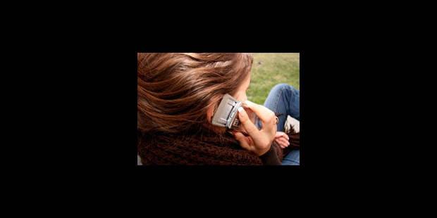Les portables agiraient sur le cerveau avec des effets cliniques inconnus