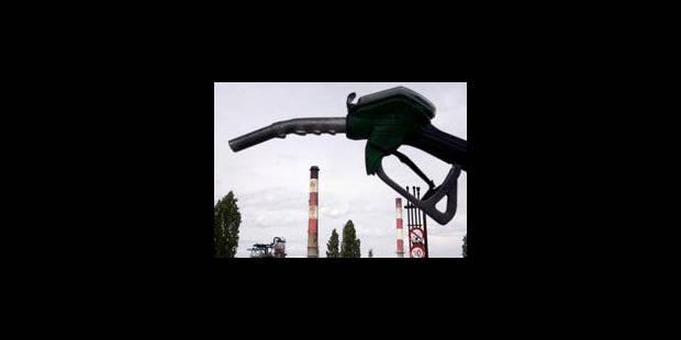 Libye: Le régime libyen reçoit encore des millions de dollars liés au pétrole - La Libre