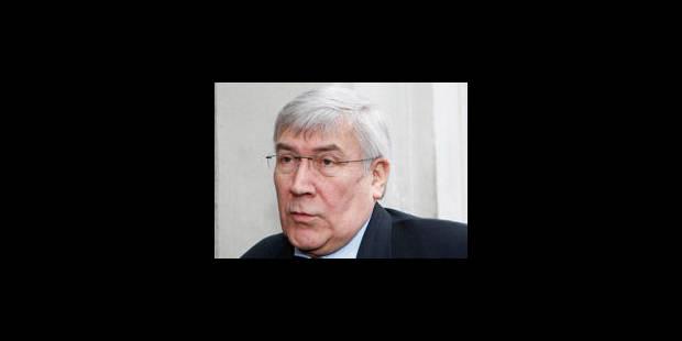Schouppe veut décapiter le régulateur - La Libre