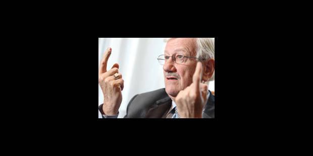"""Face aux Flamands, """"creusons les tranchées! """", plaide Philippe Moureaux"""
