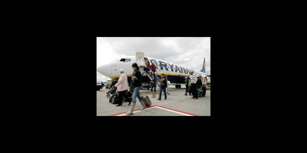 Ryanair : une hôtesse raconte - La Libre