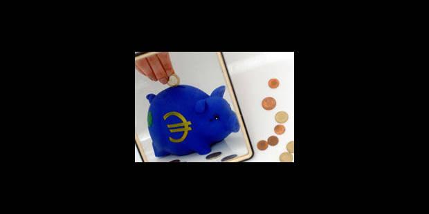 Le Belge n'épargne plus qu'un euro sur sept - La Libre