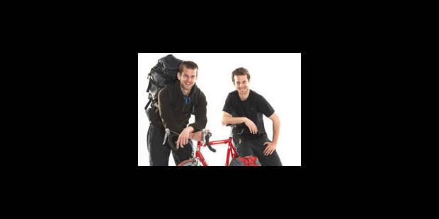 30 000 kilomètres à vélo, tel est le défi de deux frères du Racing - La Libre