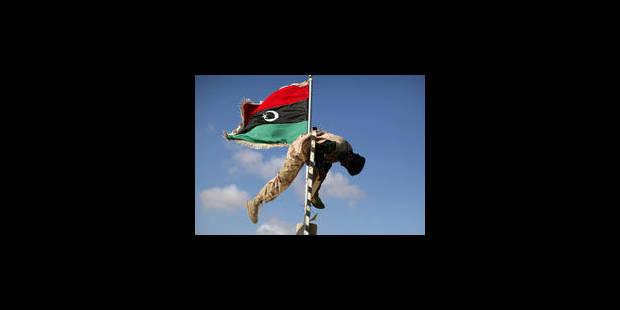 Kadhafi, la retraite ou l'exil - La Libre