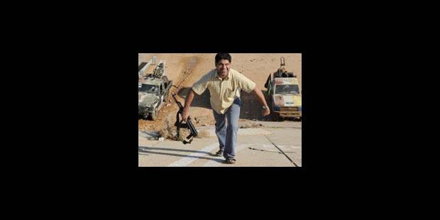 Violents combats dans les deux principaux bastions de Kadhafi - La Libre