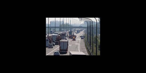 La circulation est rétablie sur la E40 - La Libre