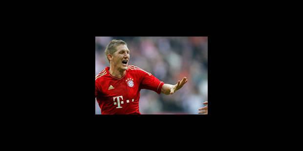 Le Bayern se fait peur face à Naples (3-2) - La Libre