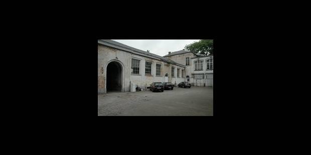 """""""Le lycée Seutin mérite la réaffectation"""" - La Libre"""