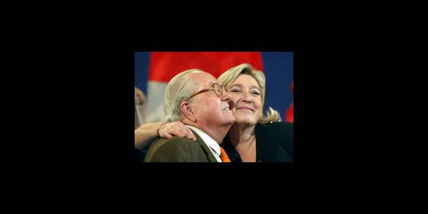 ***Questions à la une : Marine Le Pen, l'héritière