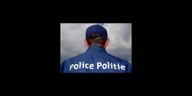 """La police doit réintégrer un policier """"ripou"""" - La Libre"""
