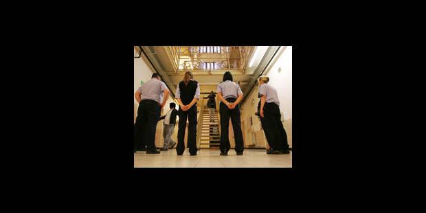 """Le comité """"torture"""" en visite à la prison - La Libre"""