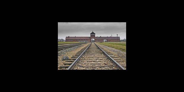 Mille passeurs de mémoire à Auschwitz