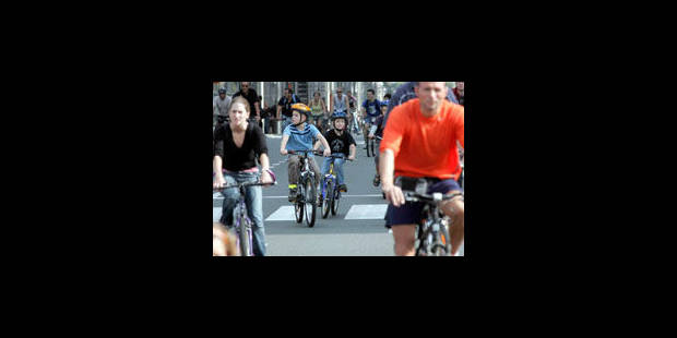 Fermeture des tunnels: les cyclistes veulent une nouvelle piste cyclable rue de la Loi - La Libre