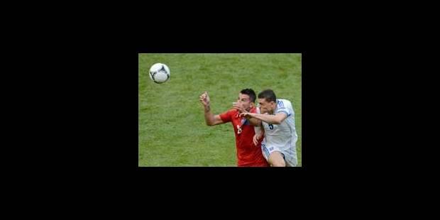 Les Tchèques, vainqueurs d'un match ennuyeux (2-1)